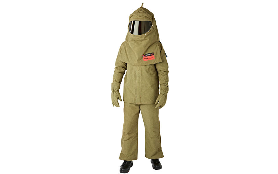 100cal-switching-suit-12459